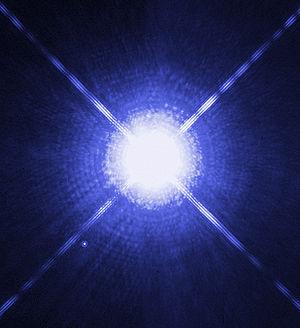 Foto de la estrella Sirio A y B a la izquierda inferior